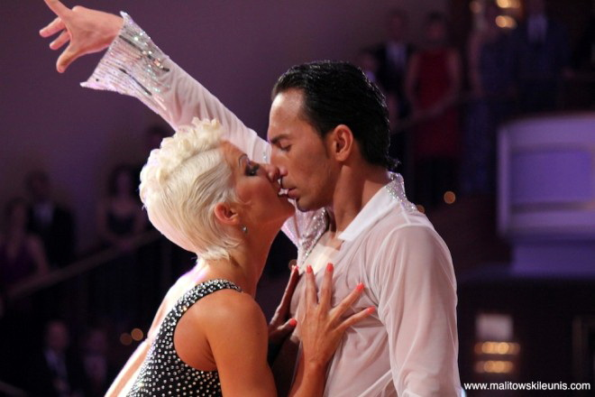 Joanna leunis and michael malitowski dating